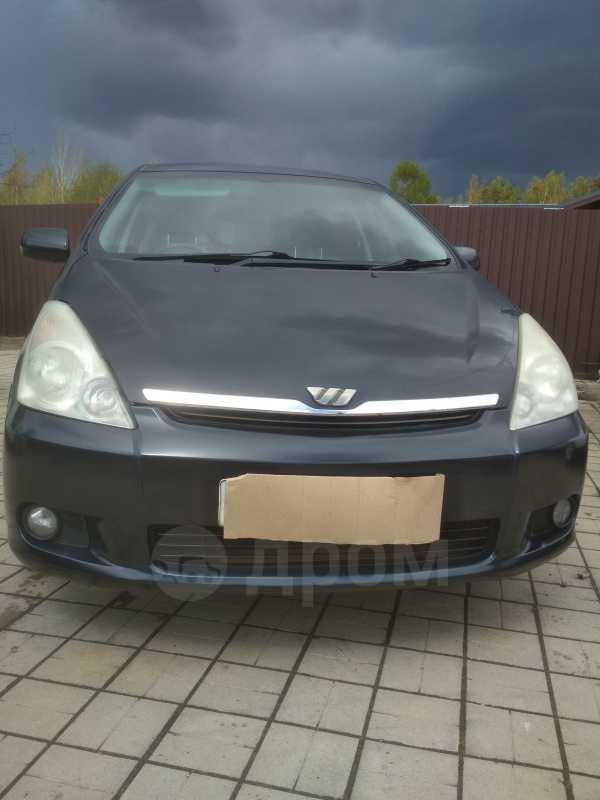 Toyota Wish, 2004 год, 395 000 руб.