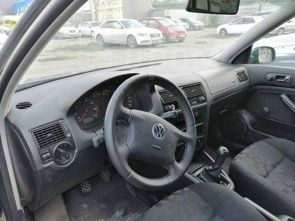 Volkswagen Golf, 1999 год, 120 000 руб.