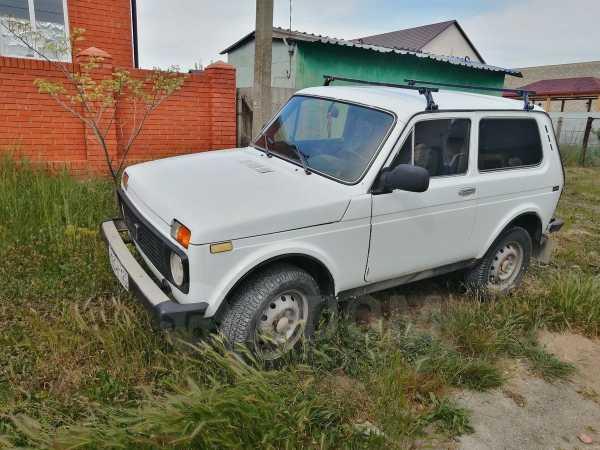 Лада 4x4 2121 Нива, 1997 год, 100 000 руб.