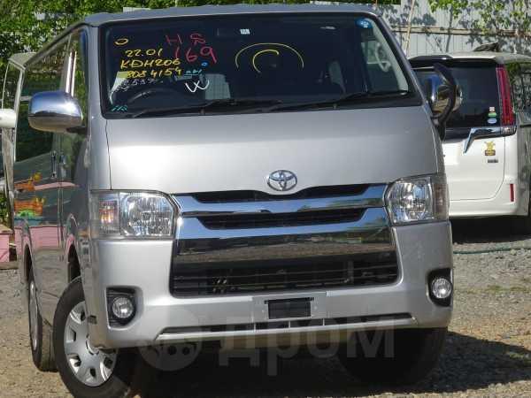 Toyota Hiace, 2015 год, 1 715 000 руб.