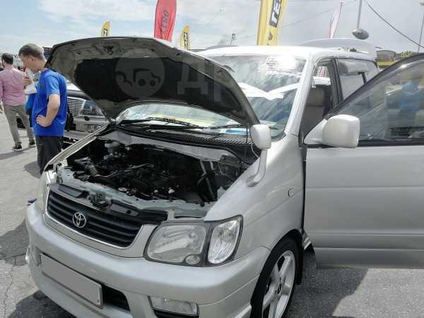 Toyota Lite Ace Noah, 2001 год, 700 000 руб.