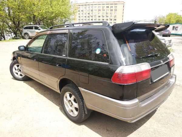 Nissan Avenir Salut, 1998 год, 115 000 руб.