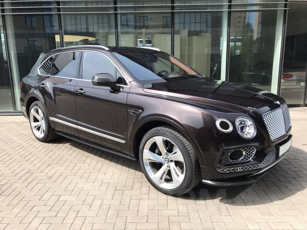 Bentley Bentayga, 2016 год, 9 496 020 руб.