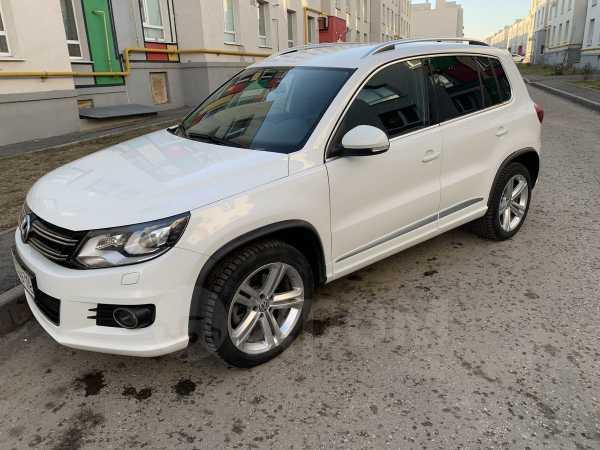 Volkswagen Tiguan, 2014 год, 1 190 000 руб.