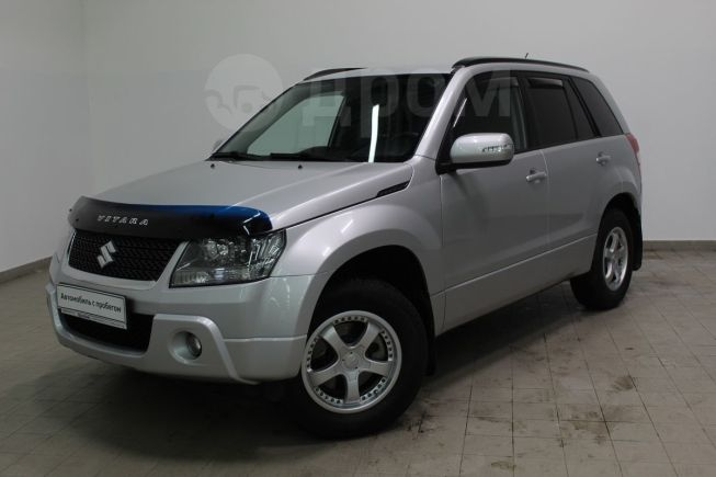 Suzuki Grand Vitara, 2011 год, 815 000 руб.
