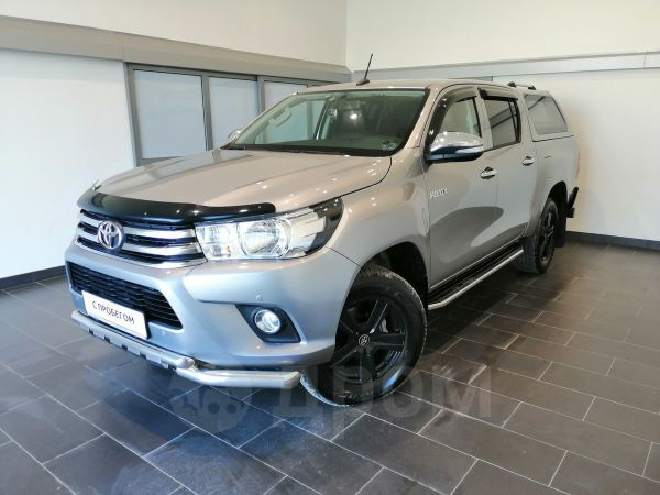 Toyota Hilux Pick Up, 2017 год, 2 020 000 руб.