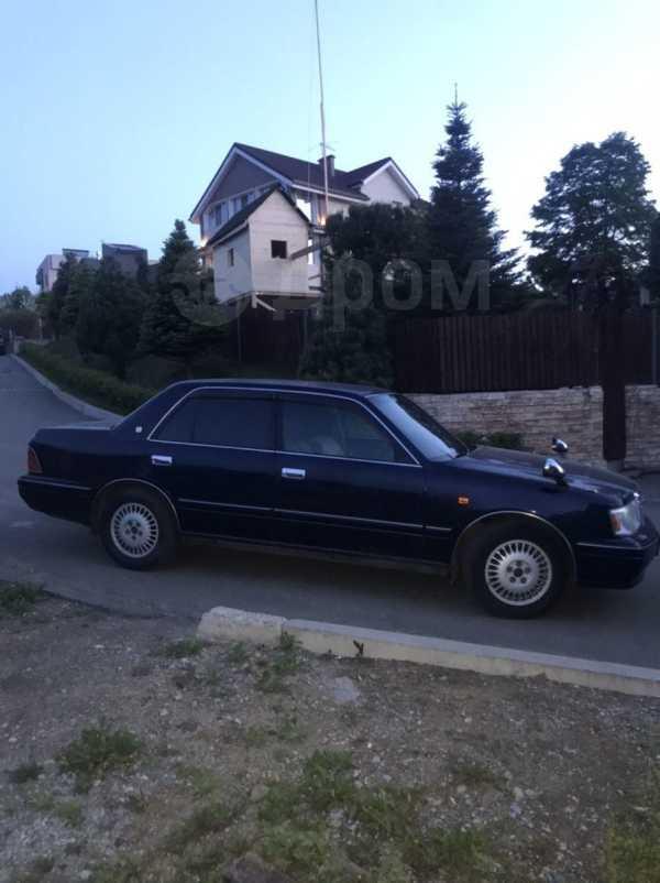 Toyota Crown, 2000 год, 360 000 руб.