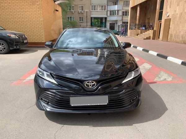 Toyota Camry, 2018 год, 1 350 000 руб.