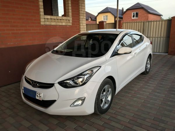 Hyundai Avante, 2012 год, 650 000 руб.