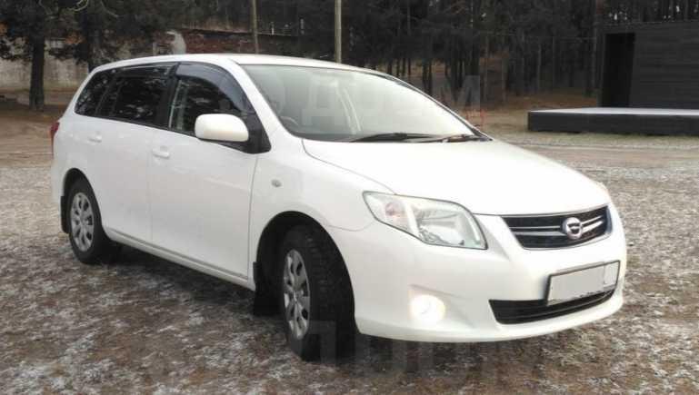 Toyota Corolla Fielder, 2009 год, 543 000 руб.
