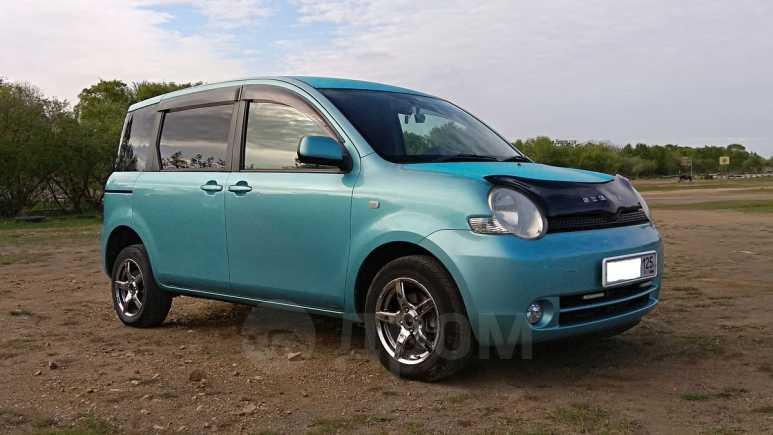 Toyota Sienta, 2003 год, 335 000 руб.
