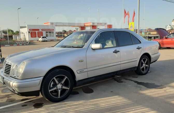 Mercedes-Benz E-Class, 1997 год, 210 000 руб.