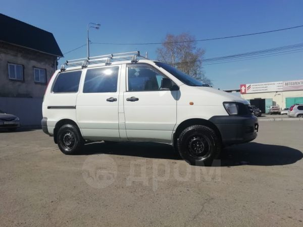 Toyota Town Ace, 2001 год, 330 000 руб.