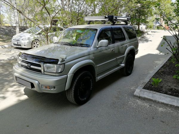 Toyota Hilux Surf, 2000 год, 685 000 руб.