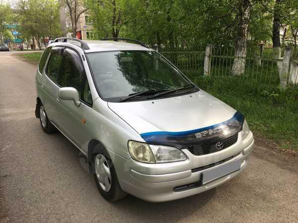 Toyota Corolla Spacio, 1998 год, 265 000 руб.