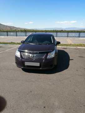 Кызыл Avensis 2009