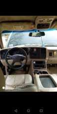 Chevrolet Tahoe, 2003 год, 1 500 000 руб.