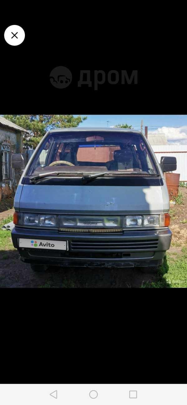 Nissan Largo, 1992 год, 130 000 руб.