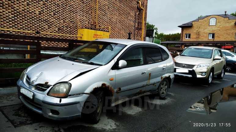 Nissan Tino, 2000 год, 75 000 руб.
