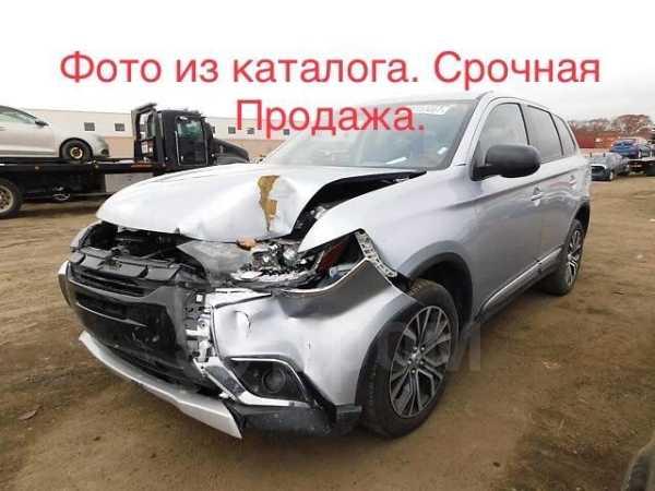 Mitsubishi Outlander, 2014 год, 685 000 руб.