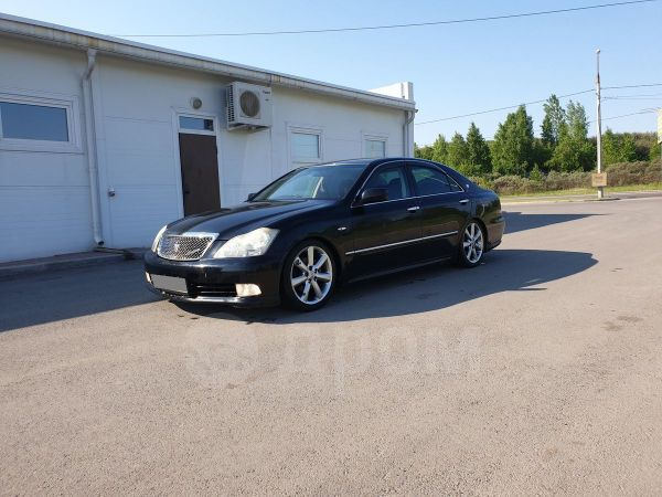 Toyota Crown, 2004 год, 339 000 руб.