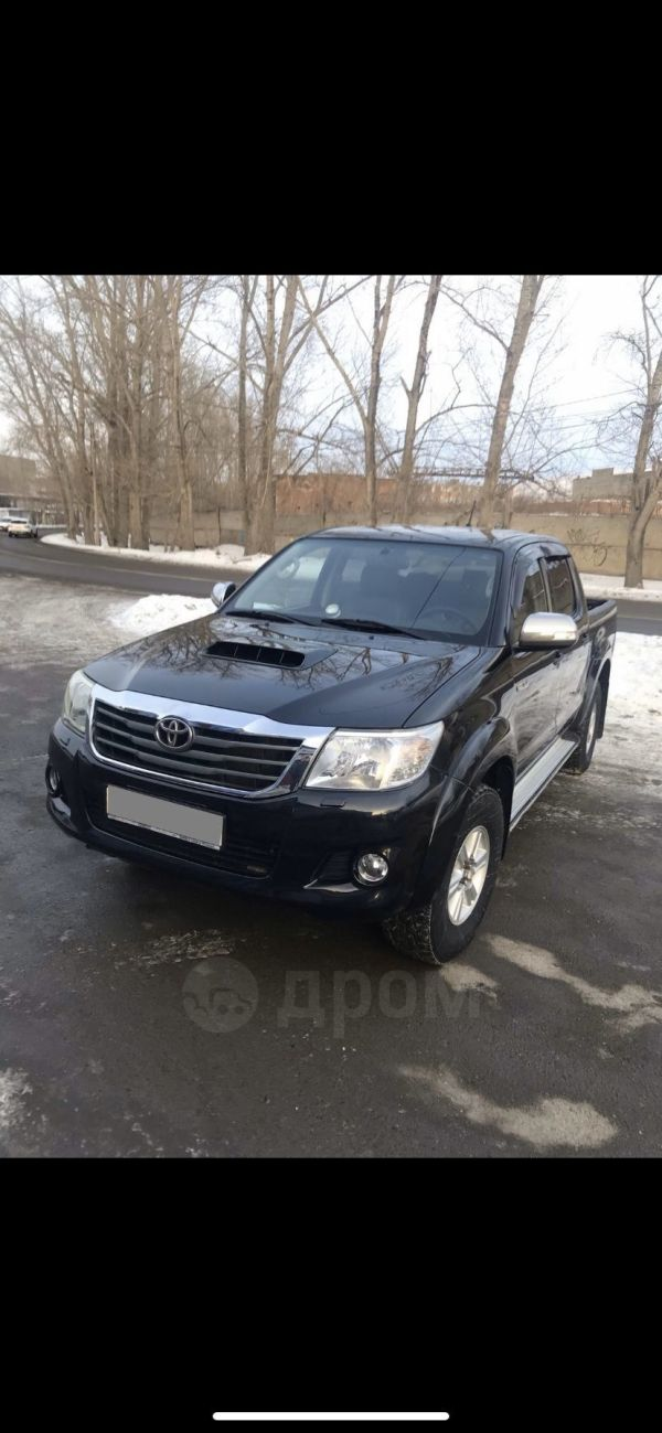 Toyota Hilux Pick Up, 2012 год, 870 000 руб.