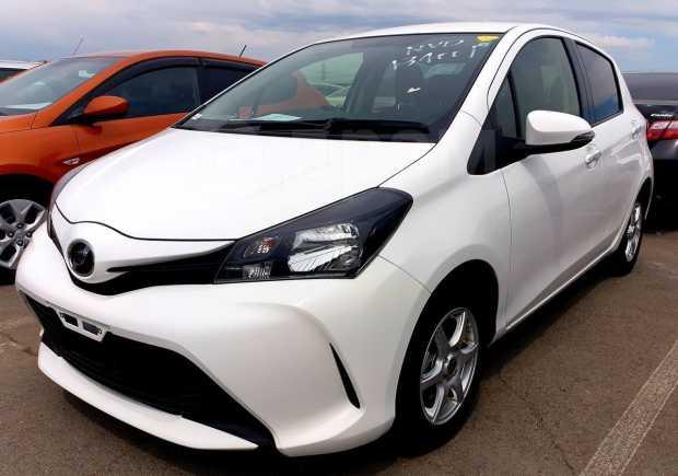 Toyota Vitz, 2016 год, 599 000 руб.