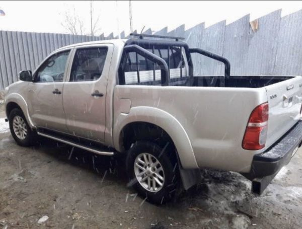 Toyota Hilux Pick Up, 2013 год, 1 160 000 руб.