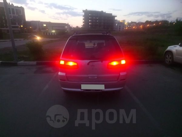 Nissan Liberty, 2001 год, 266 000 руб.
