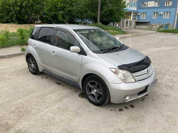 Toyota ist, 2003 год, 260 000 руб.
