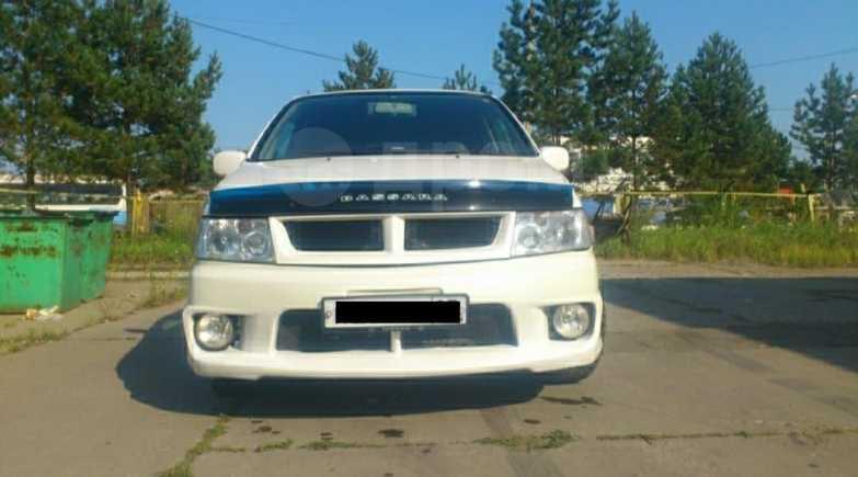 Nissan Bassara, 1999 год, 330 000 руб.