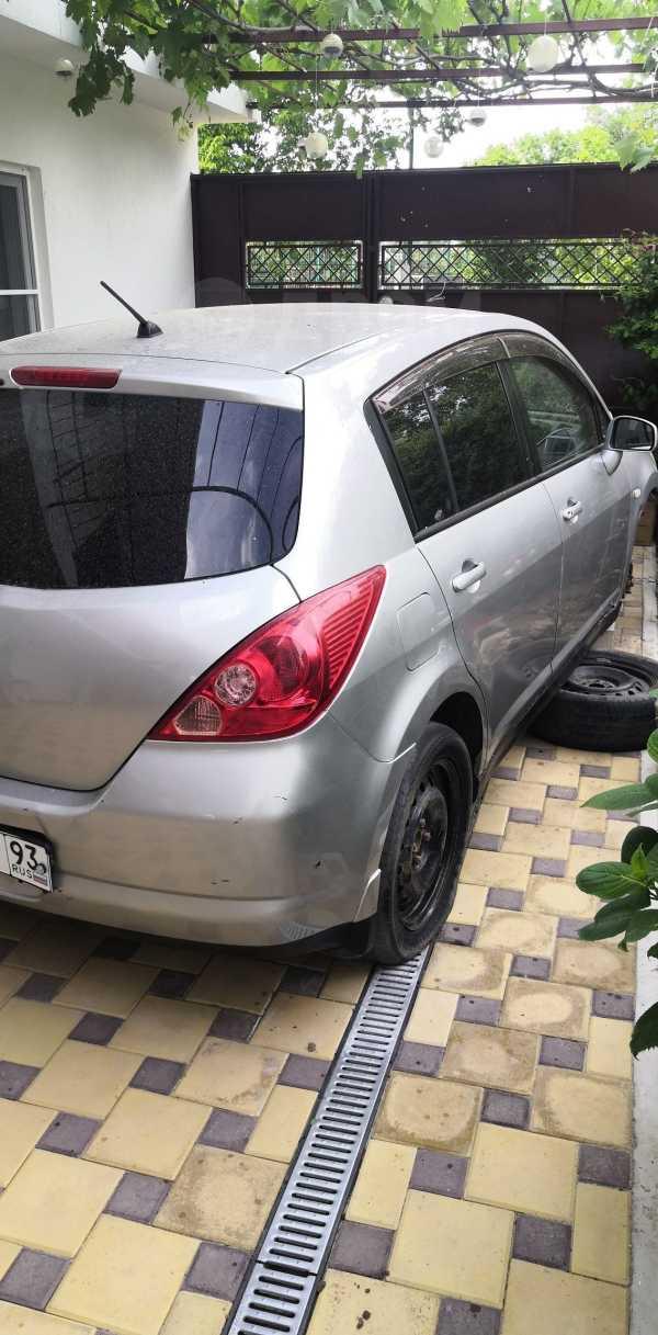 Nissan Tiida, 2005 год, 145 000 руб.