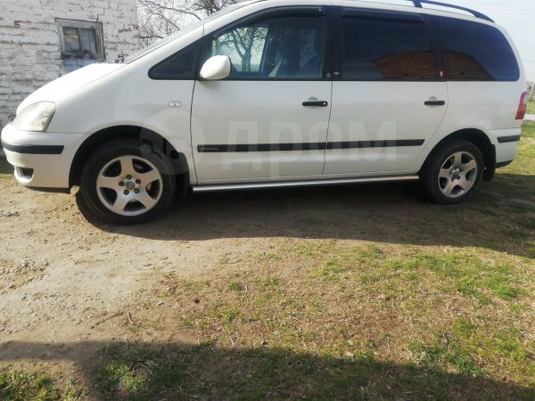 Ford Galaxy, 2002 год, 355 000 руб.