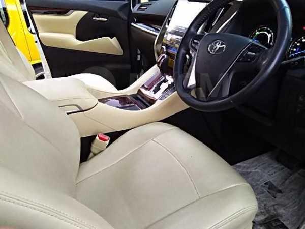 Toyota Alphard, 2018 год, 1 359 000 руб.