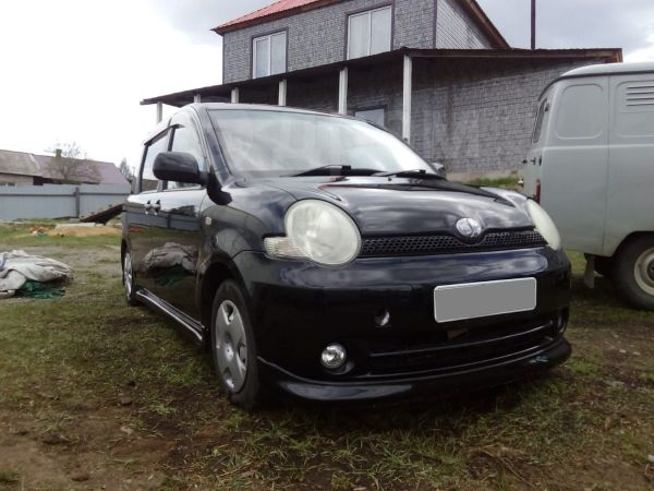Toyota Sienta, 2003 год, 300 000 руб.