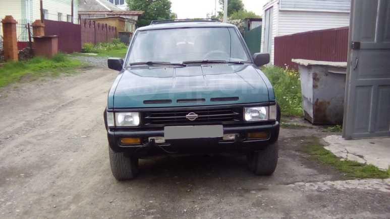Nissan Pathfinder, 1995 год, 330 000 руб.