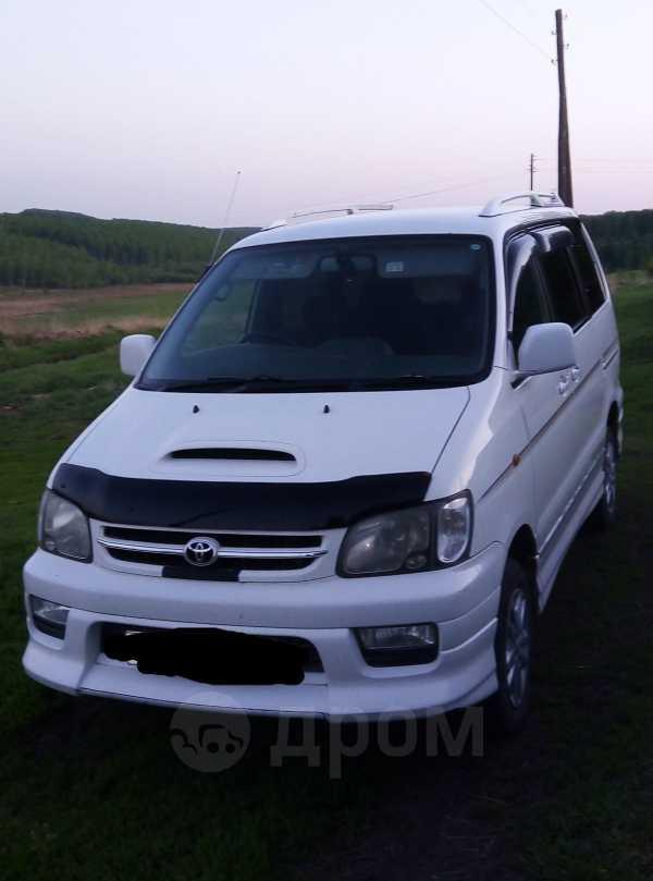 Toyota Town Ace Noah, 2000 год, 385 000 руб.