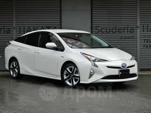 Toyota Prius, 2017 год, 900 000 руб.