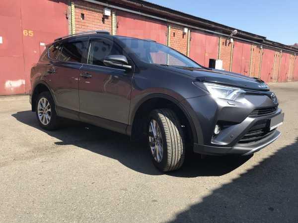 Toyota RAV4, 2015 год, 1 750 000 руб.