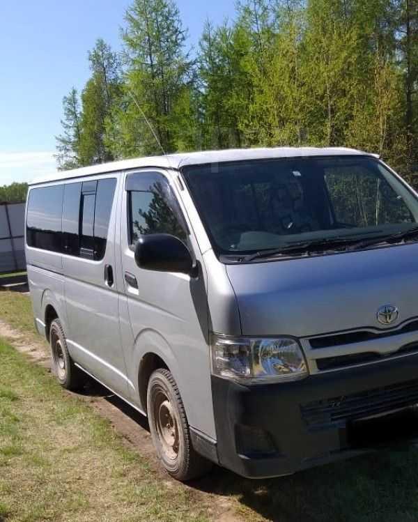 Toyota Hiace, 2013 год, 1 380 000 руб.