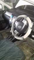 Nissan Tiida Latio, 2004 год, 280 000 руб.