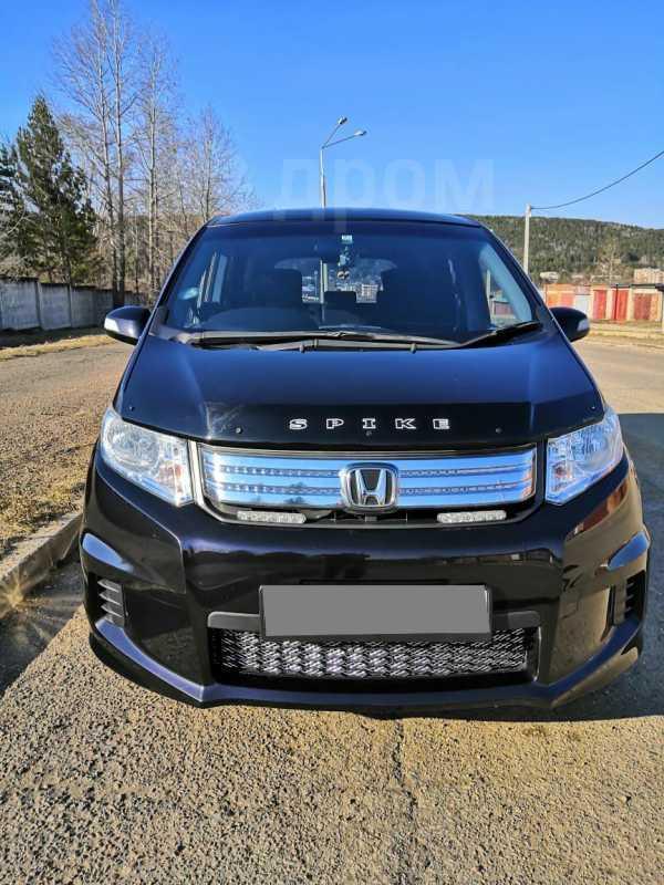 Honda Freed Spike, 2012 год, 730 000 руб.