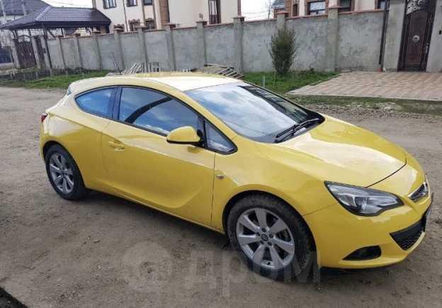 Opel Astra GTC, 2013 год, 600 000 руб.