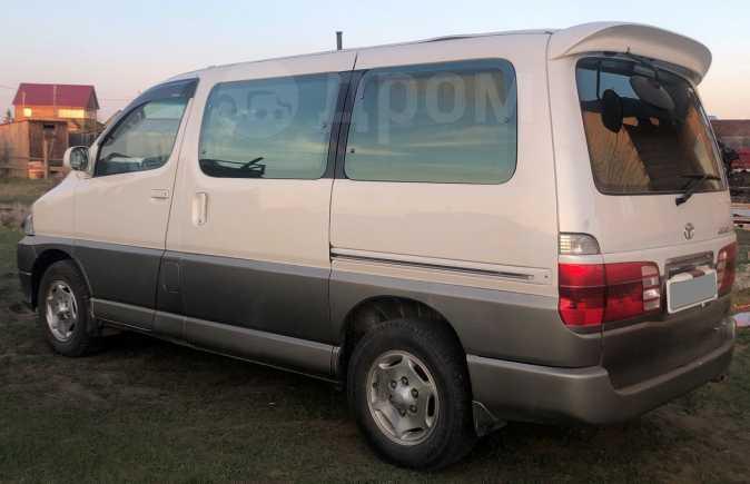 Toyota Grand Hiace, 2002 год, 680 000 руб.