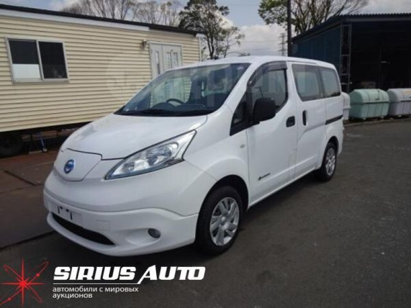 Nissan e-NV200, 2015 год, 645 000 руб.