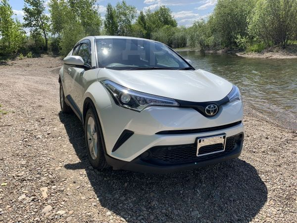 Toyota C-HR, 2016 год, 1 350 000 руб.