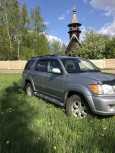 Toyota Sequoia, 2002 год, 820 000 руб.