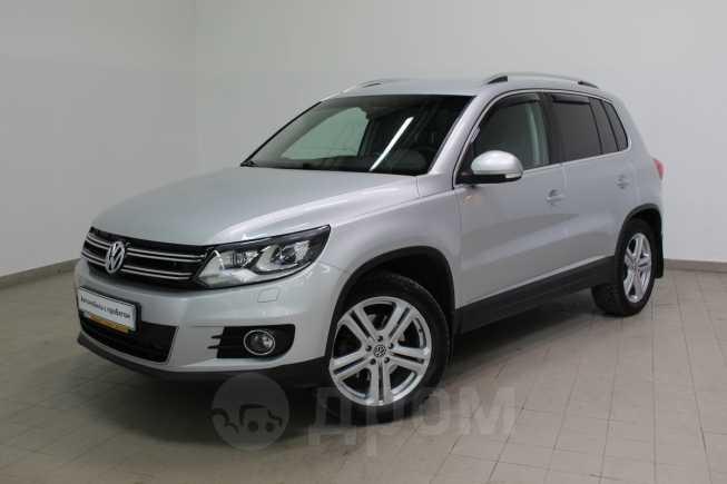 Volkswagen Tiguan, 2012 год, 785 000 руб.