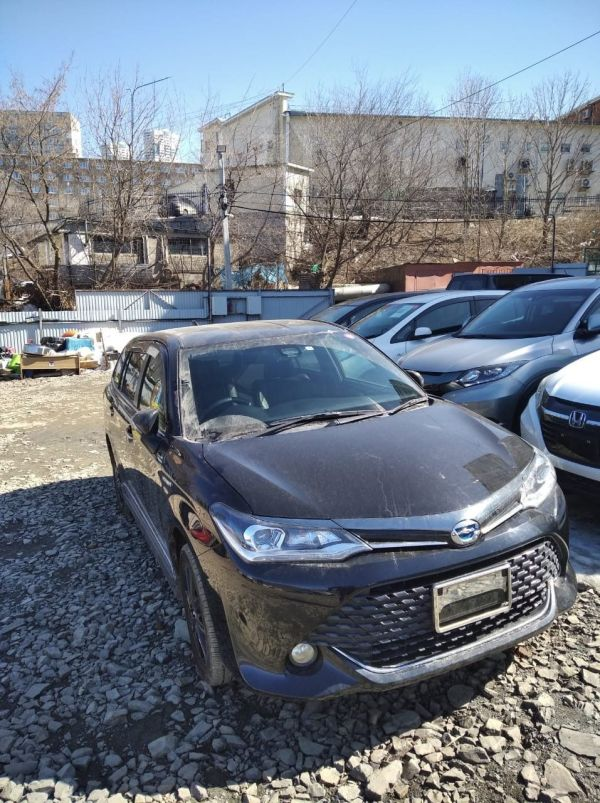 Toyota Corolla Fielder, 2015 год, 1 050 000 руб.