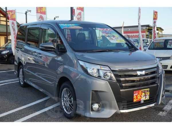 Toyota Noah, 2016 год, 1 300 000 руб.